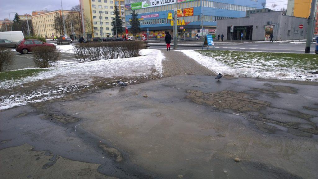 Náměstí s parkem na Petřinách