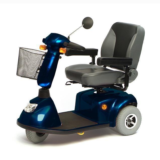 Elektro-tříkolky pro seniory s omezenou pohyblivostí.