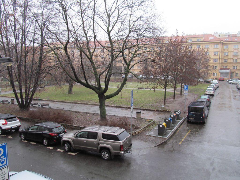Revitalizace odpočinkové části parku v Lotyšské ulici